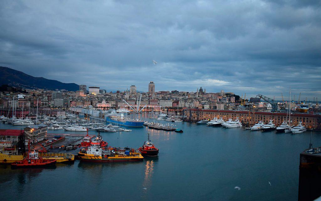 Genova - foto di Daniel Barabas da Pixabay